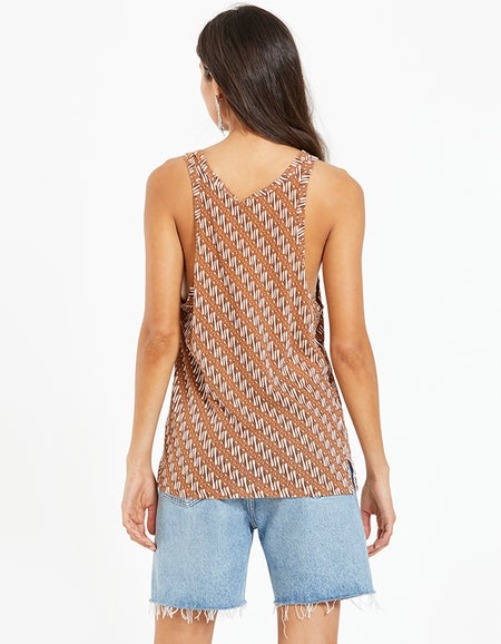 Womens Printed Slouch Athletic Tank - Urth Brown