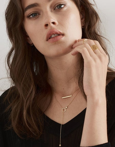 Love Bar Necklace - Gold Plated